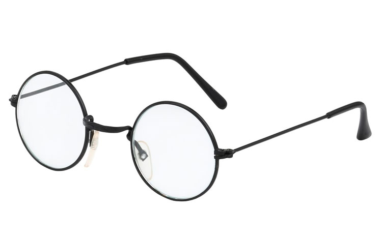 8ad77ebec05b Sort klassisk brille med klart glas 149 kr. - Design nr. 3397